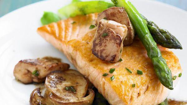 Saumon aux pépites de foie gras
