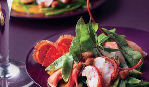 Salade de homard à l'estragon, boudin croustillant