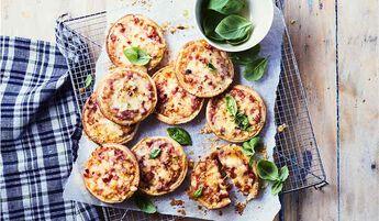 9 Petites pizzas jambon-fromage