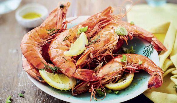 12 crevettes tropicales crues (15 au kg), Vietnam