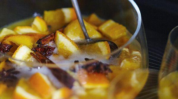 Punch aux épices et fruits exotiques