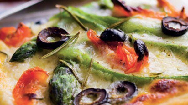 Pizza asperge mozzarella mascarpone