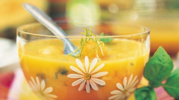 Soupe de melon et de mangue au citron vert