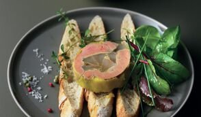 Foie gras aux poires comice