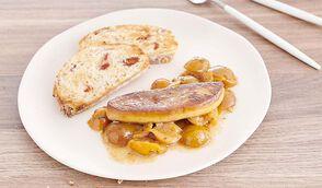 Escalope de foie gras, compotée de mirabelles au vin doux