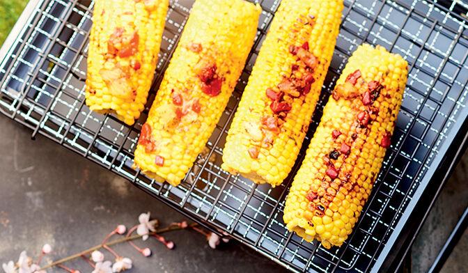 Epis de maïs mariné, ananas et piquillos