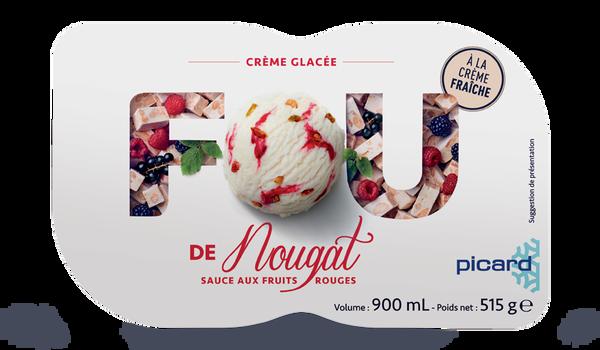 Crème glacée nougat sauce aux fruits rouges