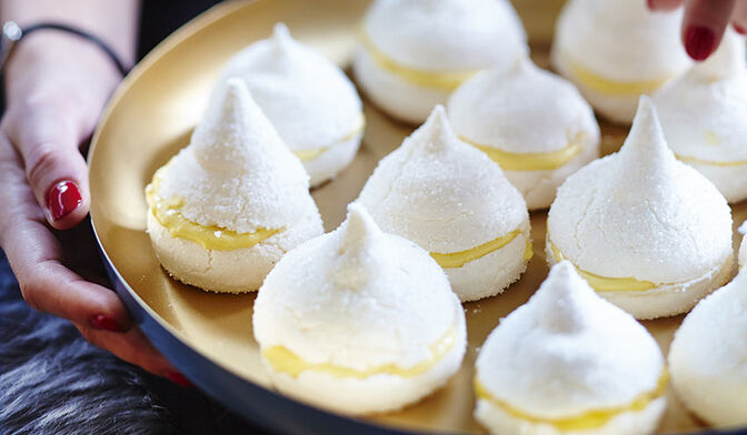 Mini-meringues, curd mangue-citron