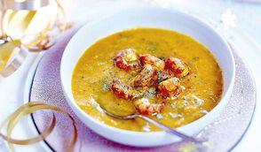 Crème de légumes d'hiver au safran et aux écrevisses
