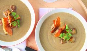 Velouté de pommes de terre, foie gras et morilles