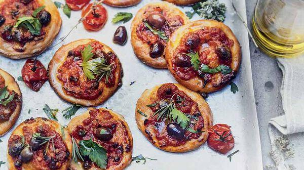 Pizzette alla puttanesca