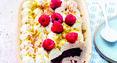 Fondant au chocolat, mascarpone à la vanille, framboise et pistache par Alba Pezone