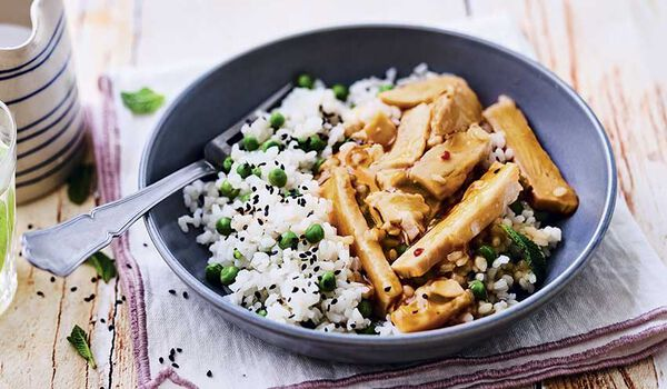 Poulet sauce teriyaki et riz au sésame