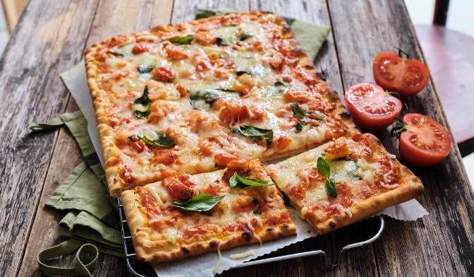 """Pizza pomodorini e basilico """"Italia"""""""