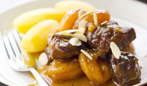 Cocotte de veau aux abricots