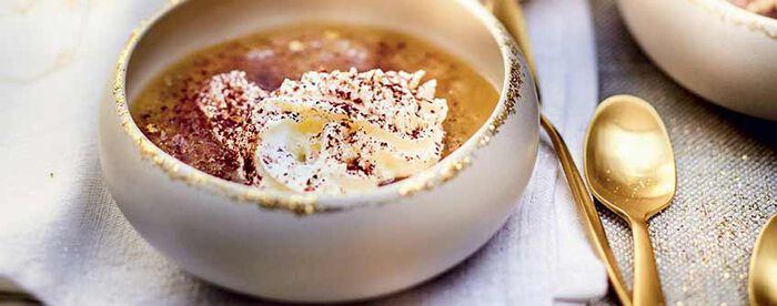 Cappuccino marron-panais chantilly au cacao