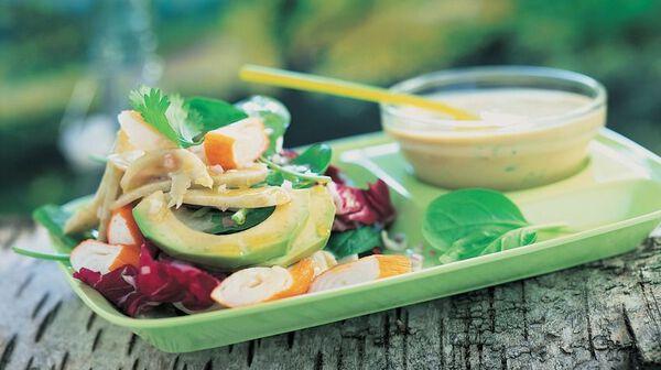 Salade d'artichauts et surimi à la coriandre