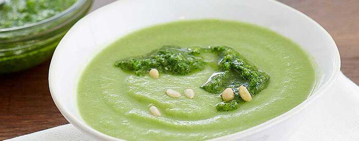 Soupe toute verte, pesto de persil