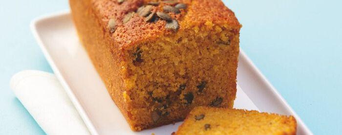 Cake au potiron, épices et graines de courge