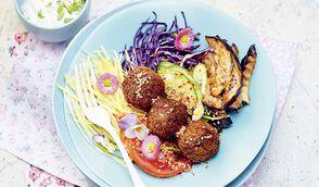Sandwich falafel destructuré par Margot du blog Bien dans mon slip