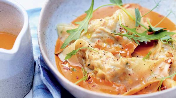 Ravioles aux crevettes, sauce crustacés