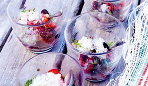 Salade de fruits rouges, granité citron-menthe