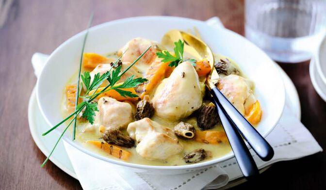 Pintade, sauce aux morilles et au Monbazillac