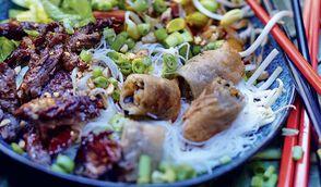 Bò Bún au boeuf et cacahuètes grillées