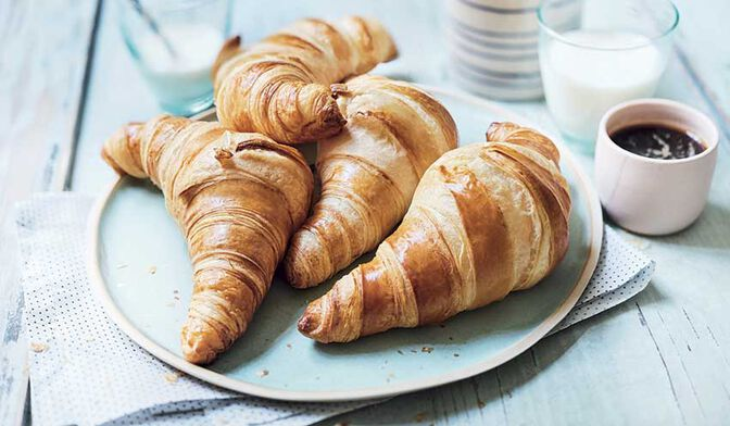 8 CROISSANTS A CUIRE 440G
