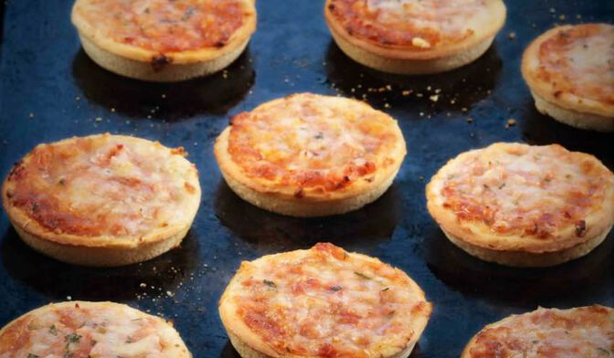 9 PETITES PIZZA JAMB/FROM