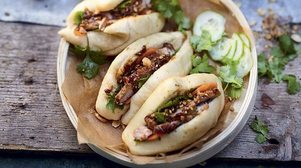 Gua bao au porc caramélisé et aux épices