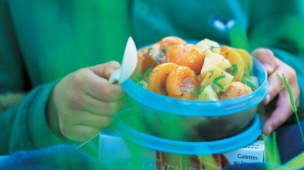 Salade d'abricots et d'ananas au sirop d'érable et fleur de lavande