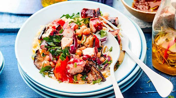 Salade d'orzo et poulpe à l'huile citronnée