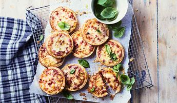 9 petites pizzas jambon-fromage