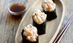 Maki de tartare de saumon