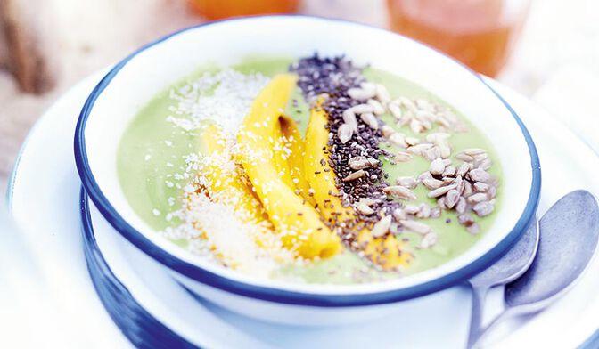 Smoothie bowl avocat-mangue