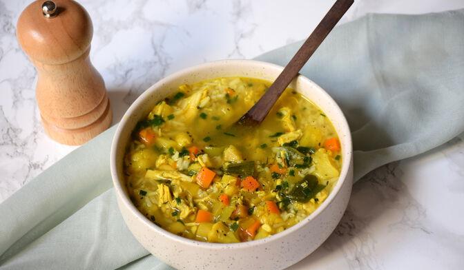 Soupe de riz & poulet fortifiante par Anne-Sophie Vidal