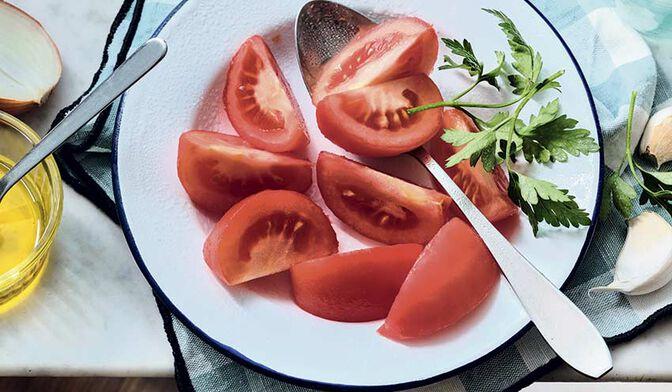 Tomates en quartiers pelées sans résidus de pesticides