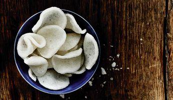 Chips de manioc à la crevette