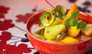 Infusion de mangue et d'ananas au thé vert et à la menthe