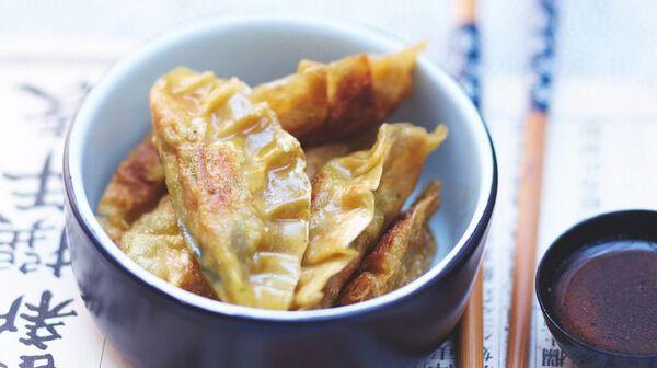 Raviolis asiatiques, sauce épicée