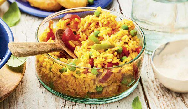 Riz cuisiné à l'espagnole (poivrons, petits pois)