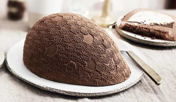 Oeuf glacé chocolat-vanille
