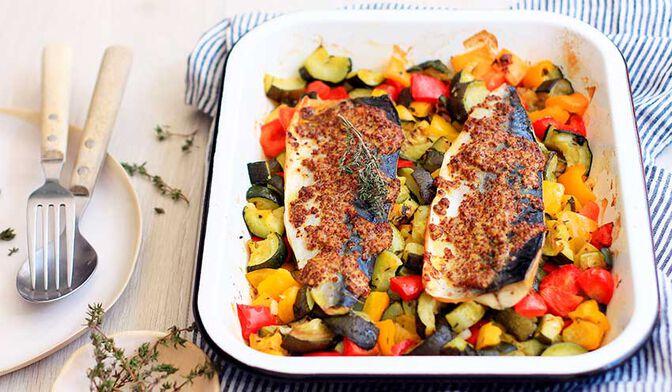 Maquereaux à la moutarde et au thym aux légumes grillés