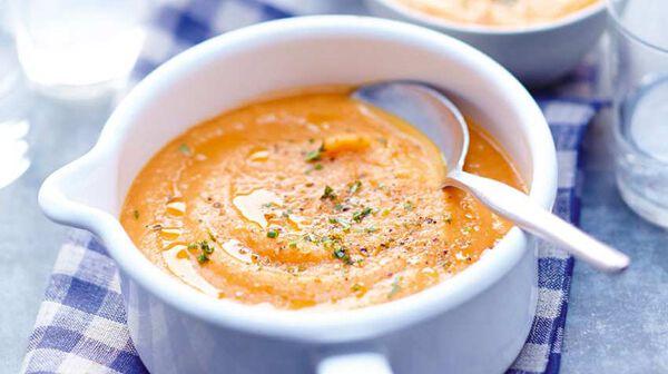 Soupe réconfortante aux purées de légumes