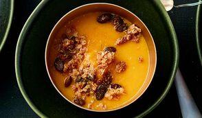 Velouté gourmand, courge-carotte-coco et granola aux 4 épices