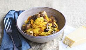Pâtes à la crème de potiron et aux champignons