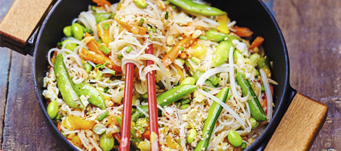 Nouilles sautées aux légumes et sésame*