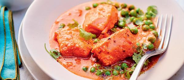 Recette curry de poissons aux petit-pois et coriandre, pain naan